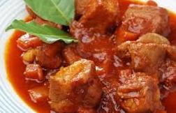 ricetta spezzatino manzo all'ungherese